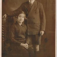 1931 Rolindez Madariaga & brother Mani (Manuel).jpg