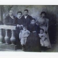 The Vilarelle family, Santiago de Compostela, Galicia, Spain ( bef. 1904)
