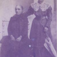 Genoveva Fernández and her daughter Ysabel González, nee Ysabel Marcos Fernández (Spain?, c.1885-1910)