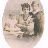 Anastasia Madariage with children; Enrique (Henry) and baby Rolindez.jpg